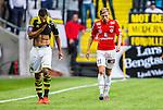 Solna 2014-07-12 Fotboll Allsvenskan AIK - Kalmar FF :  <br /> Kalmars Jonathan Ring deppar bredvid AIK:s Nabil Bahoui  <br /> (Foto: Kenta J&ouml;nsson) Nyckelord:  AIK Gnaget Friends Arena Kalmar KFF depp besviken besvikelse sorg ledsen deppig nedst&auml;md uppgiven sad disappointment disappointed dejected
