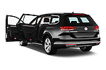 Car images of 2016 Volkswagen Passat Alltrack 5 Door Wagon Doors