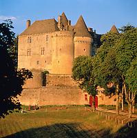 France, Aquitaine, Département Dordogne, Périgord, near Sainte-Mondane: Château de Fénelon | Frankreich, Aquitanien, Département Dordogne, Périgord, bei Sainte-Mondane: Château de Fénelon