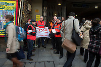 Members of the RMT & TSSA trade Unions go on strike over proposed cuts to station staff on London Underground. 5-2-14 Picketline at London Bridge Station.