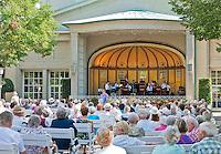Germany, Bavaria, Lower Franconia, Bad Kissingen: concert of the spa orchestra at spa garden | Deutschland, Bayern, Unterfranken, Bad Kissingen: Kurkonzert im Kurgarten