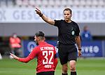 FussballFussball: agnph001:  1. Bundesliga Saison 2019/2020 27. Spieltag 23.05.2020<br /> SC Freiburg - SV Werder Bremen<br /> Schiedsrichter Robert Hartmann (re) und Vincenzo Grifo (li, SC Freiburg) <br /> FOTO: Markus Ulmer/Pressefoto Ulmer/ /Pool/gumzmedia/nordphoto<br /> <br /> Nur für journalistische Zwecke! Only for editorial use! <br /> No commercial usage!