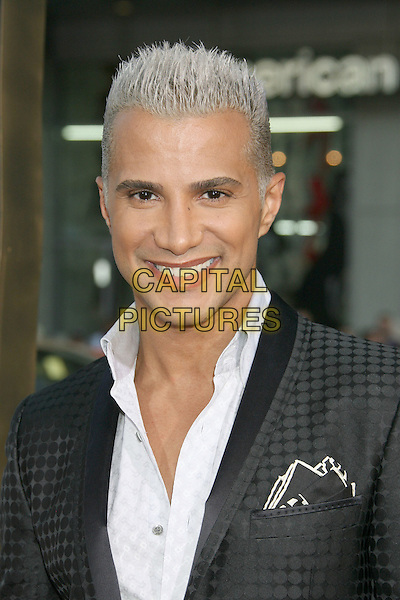"JAY MANUEL.""The Invention Of Lying"" Los Angeles Premiere held at Grauman's Chinese Theatre, Hollywood, California, USA..September 21st, 2009.headshot portrait white grey gray.CAP/ADM/MJ.©Michael Jade/AdMedia/Capital Pictures."