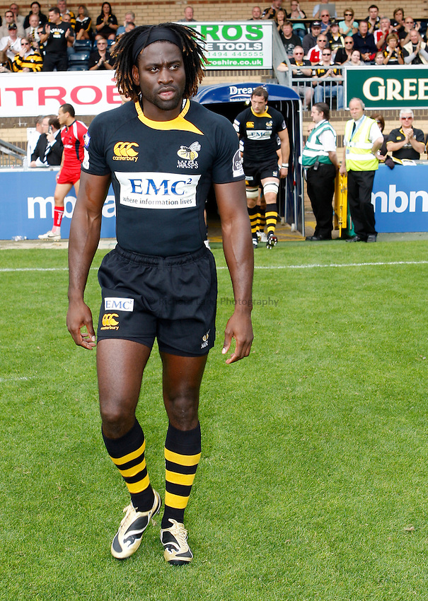 Photo: Richard Lane/Richard Lane Photography.London Wasps v Worcester Warriors. Guinness Premiership. 20/09/2009. Wasps' Paul Sackey comes out for the game.