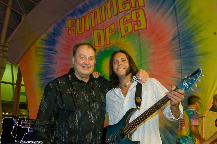 Fremont Street Experience Summer of 69  with Janis Joplin 's Big Brother band
