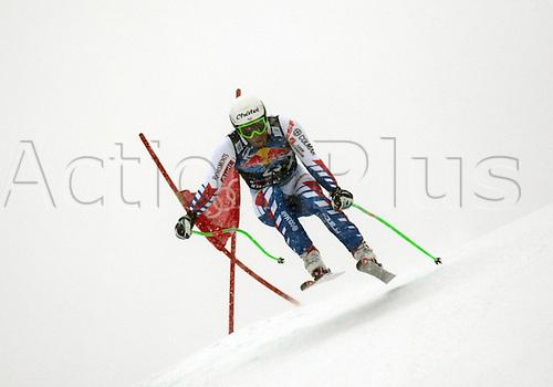 21.01.2012. Kitzbuehel, Austria. Yannick BERTRAND (FRA) in action during the Alpine Ski World Cup Hahnenkamm Downhill