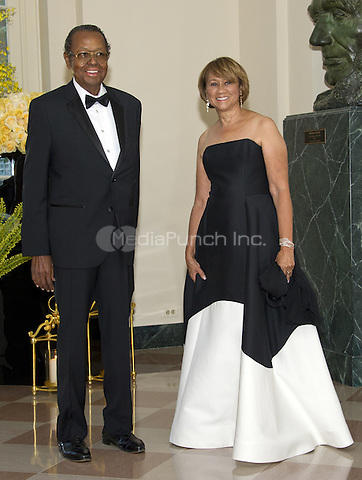 Yolanda Parker, Chief Executive Officer, The Collective Group, and Fred Parker arrive for the State Dinner honoring Prime Minister Lee Hsien Loong of the Republic of Singapore at the White House in Washington, DC on Tuesday, August 2, 2016.<br /> Credit: Ron Sachs / Pool via CNP/MediaPunch