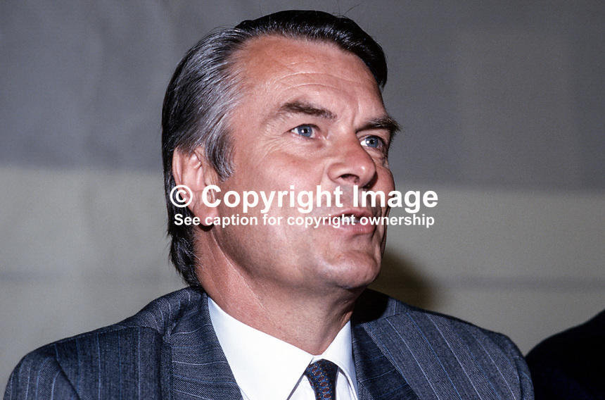Dr David Owen, leader, MP, SDP, Social Democratic &amp; Labour Party, 19870506DO2.<br />