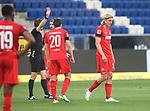 Schiedsrichter Felix Brych nimmt die gelbe Karte zurück und zeigt Sebastian Bornauw (1.FC Köln) die rote Karte<br /> <br /> Foto: POOLFOTO/Avanti/Ralf Poller/PIX-Sportfotos.<br /> TSG 1899 Hoffenheim-1. FC Koeln.<br /> Sinsheim,  GER, 27.05.2020 , 28. Spieltag , Fussball 1. Bundesliga 2019/2020.<br /> <br /> Sport: Fussball: LIGA: Saison 19/20: TSG 1899 Hoffenheim- 1.FC Koeln, 27.05.2020.<br /> Foto: RALF POLLER/AVANTI/POOL<br /> <br /> Nur für journalistische Zwecke! Only for editorial use! <br /> Gemäß den Vorgaben der DFL Deutsche Fußball Liga ist es untersagt, in dem Stadion und/oder vom Spiel angefertigte Fotoaufnahmen in Form von Sequenzbildern und/oder videoähnlichen Fotostrecken zu verwerten bzw. verwerten zu lassen. DFL regulations prohibit any use of photographs as image sequences and/or quasi-video.