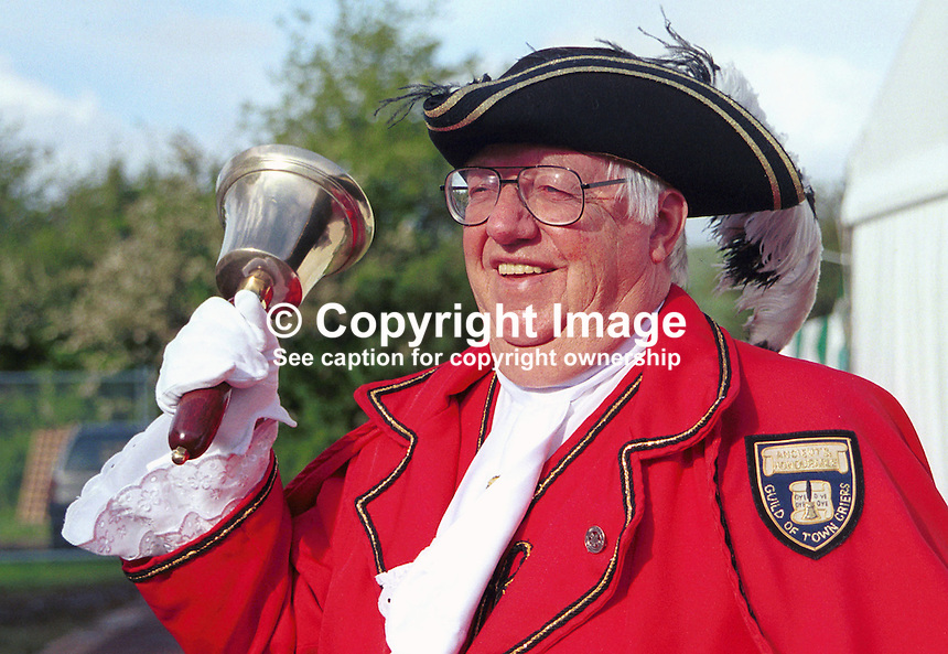 Ken Smith, Town Crier, Britain, UK, Hay Book Festival, 200005048..Copyright Image from Victor Patterson, 54 Dorchester Park, Belfast, UK, BT9 6RJ..Tel: +44 28 9066 1296.Mob: +44 7802 353836.Voicemail +44 20 8816 7153.Skype: victorpattersonbelfast.Email: victorpatterson@mac.com.Email: victorpatterson@ireland.com (back-up)..IMPORTANT: If you wish to use this image or any other of my images please go to www.victorpatterson.com and click on the Terms & Conditions. Then contact me by email or phone with the reference number(s) of the image(s) concerned.