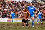 Jon Stead of Bradford sends a header across the front of goal - Bradford City vs. Sunderland - FA Cup Fifth Round - Valley Parade - Bradford - 15/02/2015 Pic Philip Oldham/Sportimage
