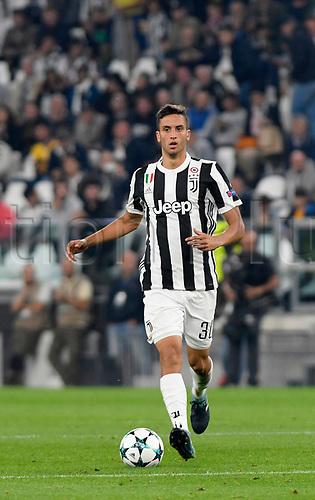 27th September 2017, Allianz Stadium, Turin, Italy; UEFA Champions League, Juventus versus Olympiacos; Rodrigo Bentancur on the ball