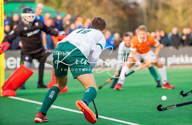 BLOEMENDAAL - Thijs van Dam (R'dam)   tijdens  hoofdklasse competitiewedstrijd  heren , Bloemendaal-Rotterdam (1-1) .COPYRIGHT KOEN SUYK