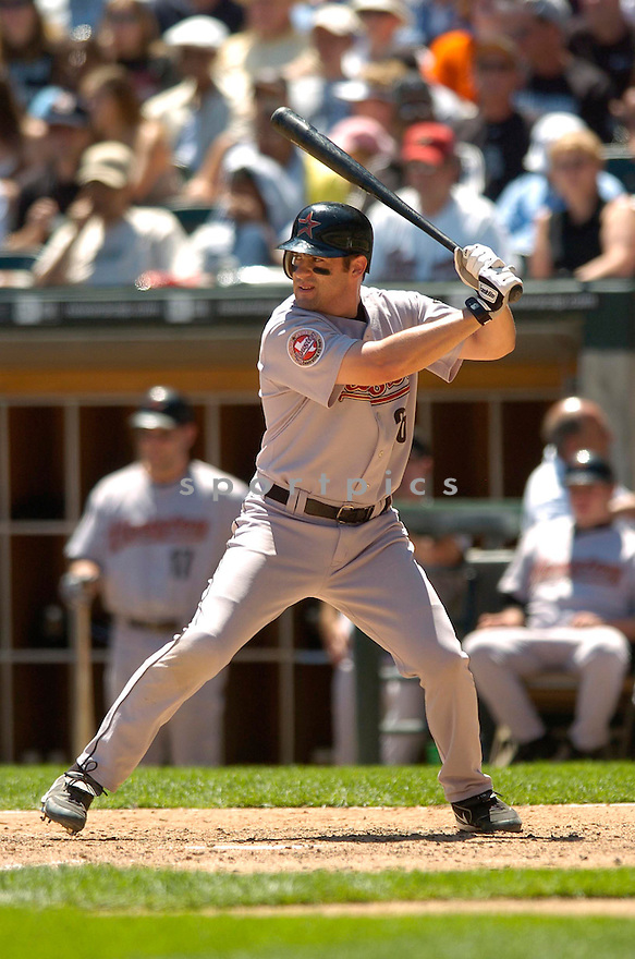 Mike Lamb, of the Houston Astros, during their game against the Chicago White Sox on June 24, 2006 in Chicago...White Sox win 6-5..David Durochik / SportPics