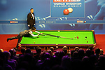 Alex Roebuck / www.alexroebuck.co.uk WORLD SNOOKER CHAMPIONSHIPS 2018<br /> <br /> CRUCIBLE THEATRE SHEFFIELD<br /> <br /> TUESDAY 1ST MAY 2018<br /> <br /> Ding Junhei VS Barry Hawkins<br /> <br /> Pictures Alex Roebuck / www.alexroebuck.co.uk