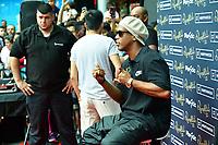 BARCELONA, ESPANHA, 31.08.2018 - FUTEBOL-RONALDINHO GAUCHO - O ex jogador de futebol brasileiro Ronaldinho Gaúcho durante sessão de autógrafos no shopping La Maquinista em Barcelona na Espanha nesta sexta-feira, 31. (Foto: Beto Fotografo/Brazil Photo Press)
