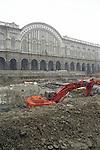 La trasformazione della Città in vista delle Olimpiadi 2006. Gli scavi per la metropolitana a Porta Nuova.