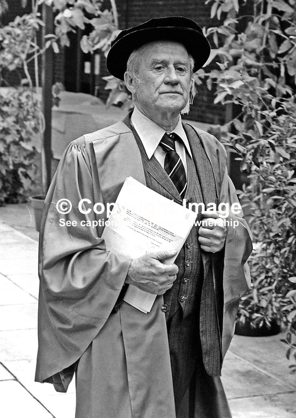 Cyril Cusack, actor, stage, screen, television, Irish, born Natal, South Africa, where his father was a member of the local mounted police. Recipient of honorary degree, New University of Ulster, Coleraine, N Ireland. 19820700093CC3..Copyright Image from Victor Patterson, 54 Dorchester Park, Belfast, UK, BT9 6RJ.  Tel: +44 28 90661296  Mobile: +44 7802 353836.Email: victorpatterson@me.com Email: victorpatterson@gmail.com..For my Terms and Conditions of Use go to http://www.victorpatterson.com/ and click on Terms & Conditions