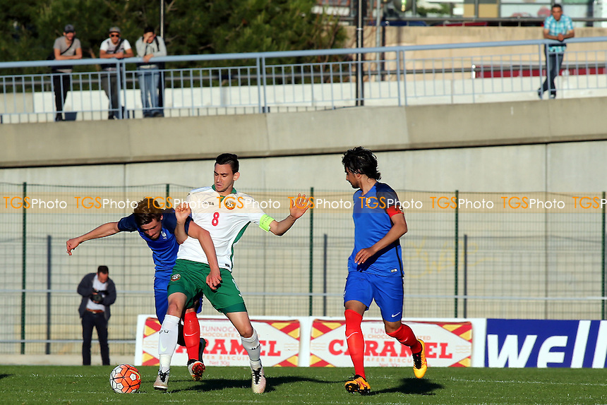 Thomas Robinet of France and Bulgaria's Milen Gamakov challenge for the ball during Bulgaria Under-20 vs France Under-20, 2016 Toulon Tournament Football at Stade de Lattre on 20th May 2016