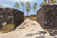 """The Great Wall"" in Pu'uhonua o Honaunau place of refuge national historical park, Big Island, Hawaii"