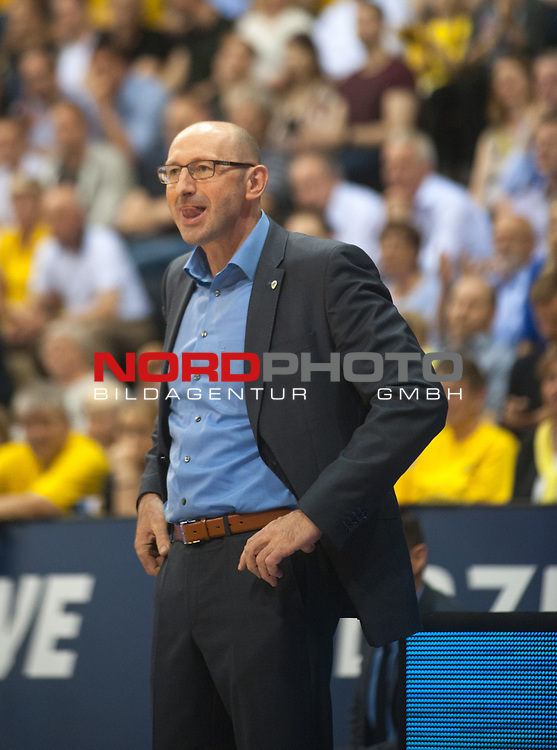 16.05.2017, EWE Arena, Oldenburg, GER, BBL, EWE Baskets Oldenburg vs medi Bayreuth, im Bild<br /> <br /> Mladen DRIJENCIC  (EWE Baskets Oldenburg #Headcoach )<br /> Foto &copy; nordphoto / Rojahn