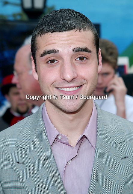 David Krumholtz arriving at the Santa Clause 2 premiere at the El Captain Theatre in Los Angeles. October 27, 2002.           -            KrumholtzDavid244.jpg