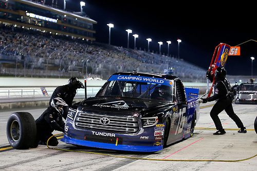 #16: Brett Moffitt, Hattori Racing Enterprises, Toyota Tundra AISIN Group
