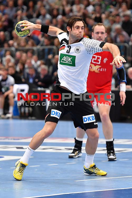 02.04.2016, LANXESS arena, K&ouml;ln , GER, Handball DHB Testl&auml;nderspiel,   Deutschland (GER) vs. D&auml;nemark ( DK) <br /> <br /> im Bild / picture shows: <br /> Uwe Gensheimer ( Deutschland/Germany #3)<br /> <br /> <br /> <br /> Foto &copy; nordphoto / meuter