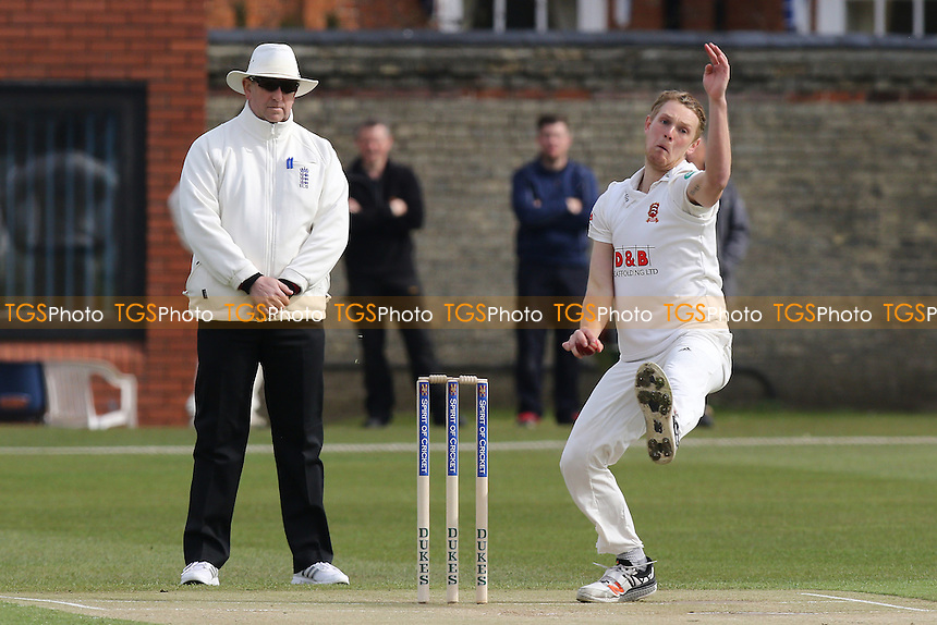 Jamie Porter in bowling action for Essex during Cambridge MCCU vs Essex CCC, English MCC University Match Cricket at Fenner's on 1st April 2016