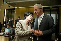 Berlin, Die Ministerpräsidentin von Thüringen, Christine Lieberknecht(CDU), und der Ministerpräsident von Sachsen, Stanislaw Tillich, am Freitag (07.06.13) im Bundesrat. Foto: Steffi Loos/CommonLens