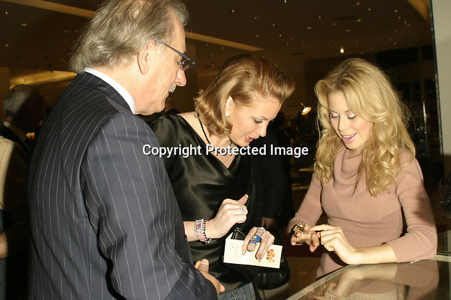 Roberto Coin ,Kim Webster &amp; Tara Lipinski<br />