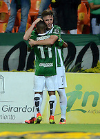 MEDELLIN - COLOMBIA - 16-07-2016: Ezequiel Reascaldani (Der.), jugador de Atletico Nacional celebra el gol anotado a Deportes Tolima, durante partido entre Atletico Nacional y Deportes Tolima, por la fecha 4 de la Liga Águila II 2016 jugado en el estadio Atanasio Girardot de la ciudad de Medellin. / Ezequiel Reascaldani (R), player of Atletico Nacional, celebrates a goal scored to Deportes Tolima, during a match between Atletico Nacional and Deportes Tolima, for the date 4 of the Aguila League II 2016 played at Atanasio Girardot stadium in Medellin city. Photo: VizzorImage / León Monsalve /Cont.