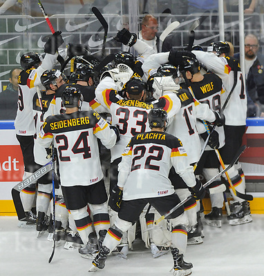 May 16-2017,Lanxess Arena , Cologne/GER<br /> IIHF World Hockey Championship 2017<br /> GER vs LAT<br /> He scores! <br /> Germany wins the game by shootout.<br /> May 14-2017,Stadium Alte F&ouml;rsterei,Berlin,Germany<br /> 2.Bundesliga - 33. Spieltag: 1.FC Union Berlin - 1.FC Heidenheim