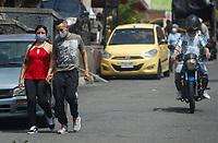 MEDELLIN - COLOMBIA, 06-05-2020: Reactivación en Medellín durante el día 43 de la cuarentena total obligatoria en el territorio colombiano causada por la pandemia  del Coronavirus, COVID-19. / Revival in Medellin of during day 40 of total quarantine in Colombian territory caused by the Coronavirus pandemic, COVID-19. Photo: VizzorImage / Leon Monsalve / Cont