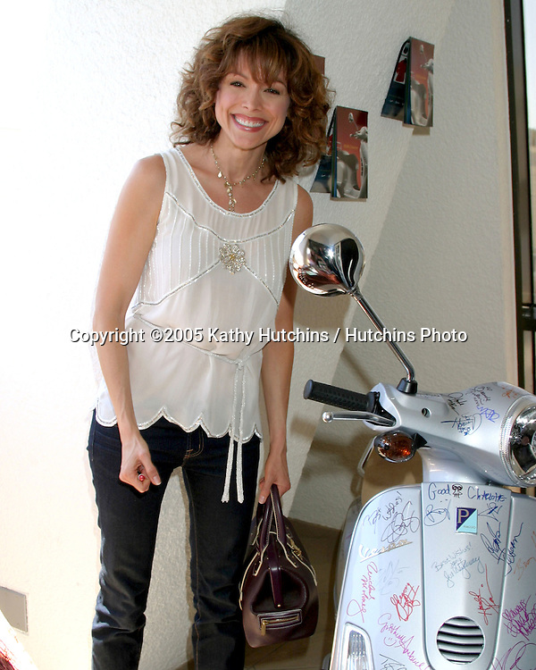 Liz Vassey.GBK Productions Emmy Gifting Lounge.Sofitel Hotel.August 24 & 25, 2006.©2006 Kathy Hutchins / Hutchins Photo....                 .