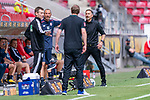 Benjamin Cortus (4. Offizieller) (4. Offizieller) Florian Kohfeldt (Trainer SV Werder Bremen) Achim Beierlorzer (Trainer 1. FSV Mainz 05)<br /> <br /> <br /> Sport: nphgm001: Fussball: 1. Bundesliga: Saison 19/20: 33. Spieltag: 1. FSV Mainz 05 vs SV Werder Bremen 20.06.2020<br /> <br /> Foto: gumzmedia/nordphoto/POOL <br /> <br /> DFL regulations prohibit any use of photographs as image sequences and/or quasi-video.<br /> EDITORIAL USE ONLY<br /> National and international News-Agencies OUT.
