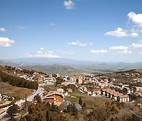 Italy / Sicilia / Enna / 17.3.2011 / Lower Enna, from the higher part of the city. In the background the Etna volcano.<br />