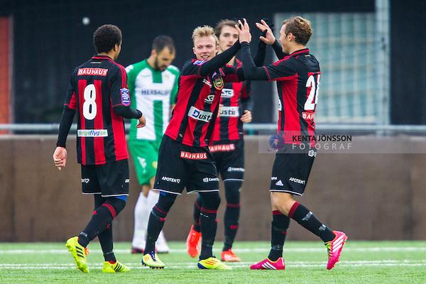 V&auml;llingby 2014-02-25 Fotboll Tr&auml;ningsmatch IF Brommapojkarna - Hammarby IF :  <br /> Brommapojkarnas Pontus &Aring;sbrink har gjort 3-2 f&ouml;r Brommapojkarna  och gratuleras av lagkamrater<br /> (Foto: Kenta J&ouml;nsson) Nyckelord:  BP Bajen HIF jubel gl&auml;dje lycka glad happy