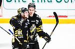 Stockholm 2014-12-01 Ishockey Hockeyallsvenskan AIK - S&ouml;dert&auml;lje SK :  <br /> AIK:s Joakim Hagelin firar sitt 3-1 m&aring;l med Johan Andersson under matchen mellan AIK och S&ouml;dert&auml;lje SK <br /> (Foto: Kenta J&ouml;nsson) Nyckelord:  AIK Gnaget Hockeyallsvenskan Allsvenskan Hovet Johanneshov Isstadion S&ouml;dert&auml;lje SSK jubel gl&auml;dje lycka glad happy