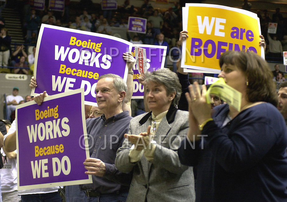 07 Mar 2000, Seattle, Washington State, USA. Meeting of strikers who are members of the SPEEA, they have the support of the AFL-CIO union.