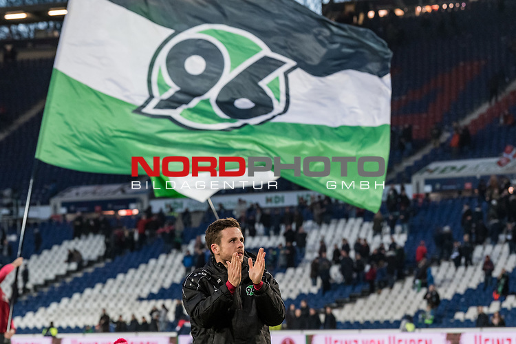 09.02.2019, HDI Arena, Hannover, GER, 1.FBL, Hannover 96 vs 1. FC Nuernberg<br /> <br /> DFL REGULATIONS PROHIBIT ANY USE OF PHOTOGRAPHS AS IMAGE SEQUENCES AND/OR QUASI-VIDEO.<br /> <br /> im Bild / picture shows<br /> Matchwinner Nicolai M&uuml;ller / Mueller (Neuzugang Hannover 96 #21) bejubelt Sieg auf Spielfeld nach Spielende unter Hannover 96 Fahne, <br /> <br /> Foto &copy; nordphoto / Ewert