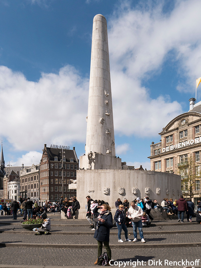 Nationaal Monument auf dem Dam, Amsterdam, Provinz Nordholland, Niederlande<br /> national Monument at Dam, Amsterdam, Province North Holland, Netherlands