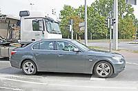 Kein ungewohntes Bild für die Beobachter des ACE: teures Auto aber keine Freisprecheinrichtung