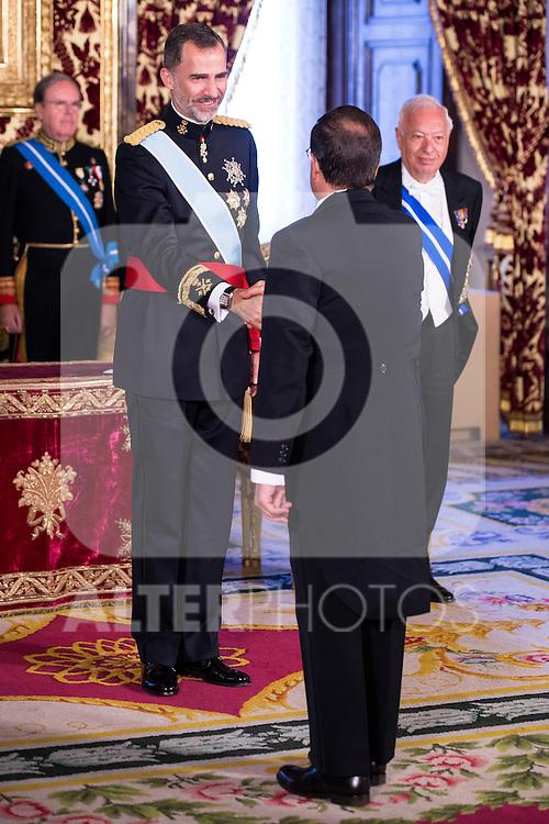 Ambassador of El Salvador , SR. Jorge Alberto Palencia Mena present his credentials to King Felipe VI of Spain during royal audiences at Zarzuela Palace in Madrid, July 27, 2015. <br /> (ALTERPHOTOS/BorjaB.Hojas)