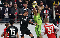 Torwart Emiliano Martinez (Arsenal London) haelt gegen Bas Dost (Eintracht Frankfurt) - 19.09.2019:  Eintracht Frankfurt vs. Arsenal London, UEFA Europa League, Gruppenphase, Commerzbank Arena<br /> DISCLAIMER: DFL regulations prohibit any use of photographs as image sequences and/or quasi-video.