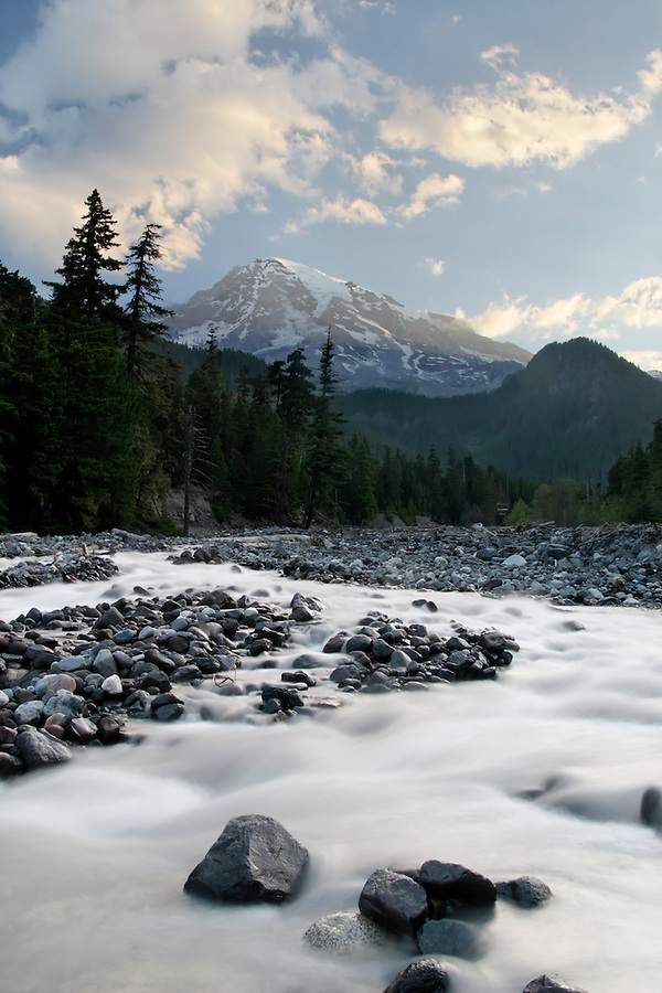 Nisqually River below Mount Rainier, near Cougar Rock Campground, Mount Rainier National Park, Washington, USA