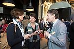 AMERSFOORT - Gretha Kruize van de Compagnie (m) , Jelle Paauw (r)  en Marjan Hooijer (l) Nationaal Golf Congres & Beurs (Het Juiste Spoor) van de NVG.     © Koen Suyk.