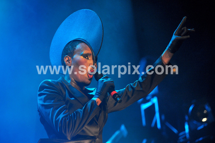 **ALL ROUND PICTURES FROM SOLARPIX.COM**.**SYNDICATION RIGHTS FOR UK AND SPAIN ONLY**.Grace Jones live in concert in Stuttgart during the music festival 'Jazzopen 2009', Stuttgart , Germany. 16 July 2009..This pic: Grace Jones..JOB REF: 9518 CPR (Schuermann) .DATE: 16_07_2009.**MUST CREDIT SOLARPIX.COM OR DOUBLE FEE WILL BE CHARGED**.**ONLINE USAGE FEE GBP 50.00 PER PICTURE - NOTIFICATION OF USAGE TO PHOTO @ SOLARPIX.COM**.**CALL SOLARPIX : +34 952 811 768 or LOW RATE FROM UK 0844 617 7637**
