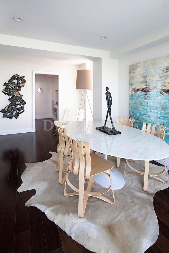 modern marble dining tabla