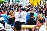 MACEIO, AL, 08.11.2015 - PARADA-LGBT - &shy; Movimenta&ccedil;&atilde;o durante a parada LGBT no bairro da Ponta Verde parte baixa de Macei&oacute; na tarde de domingo, 08. (Foto: Alisson Fraz&atilde;o / Brazil Photo<br /> Press)